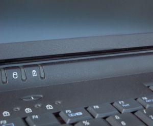 Blick auf Tastatur: Reicht für Konto-Diebstahl (Foto: pixelio.de, imageworld24)