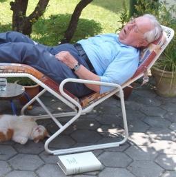Mythos ade: Schlafqualität verbessert sich im Alter – Wahrnehmung wichtig – Menschen mittleren Alters schlafen nicht gut