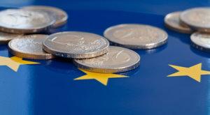 Die Firewall steht: 800 Milliarden Euro für den Krisenfall - Die Finanzminister des Euroraums haben am 30. März 2012 die Gesamtgröße der Euro-Schutzschirme beschlossen