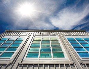 Smarte Fenster lassen Sommerhitze draußen – Dynamische Abschirmung von Infrarotlicht möglich