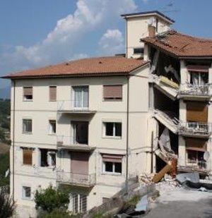 Erdbeben treten regelmäßig und nicht zufällig auf – US-italienisches Projekt weist Periodizität wissenschaftlich nach