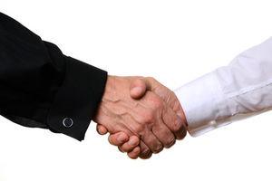 Bewerbung: Sympathie wichtiger als Kompetenzen – Arbeitgeber ziehen potenzielle Freunde unsympathischen Könnern vor
