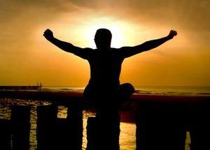 Selbstbewusste Menschen sind optimistischer – Wer auf eine Belohnung warten kann, hat Vertrauen in sich