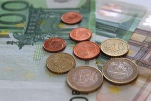 Bargeld: wird am meisten genutzt am POS (Foto: pixelio.de/Uwe Schlick)