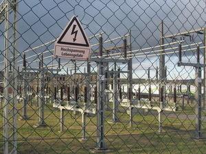 Gefahr: Stromversorger mit mieser IT-Sicherheit (Foto: pixelio.de, Martin Berk)