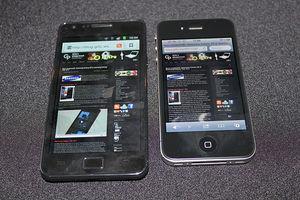 Galaxy und iPhone: Die Konkurrenz wächst (Foto: gillyberlin, flickr.com)