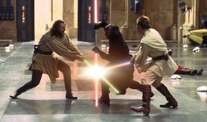 Kampf der Titanen: Lichtschwerter in Aktion (Foto: starwars.com)