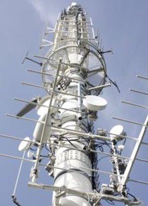 Funkmast: mobiler Zugang zu Sportergebnissen mit 4G (Foto: pixelio.de, TomMueck)