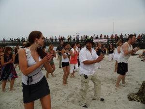 Salsa on the beach – Karibischer Abend am Strand deines Lebens