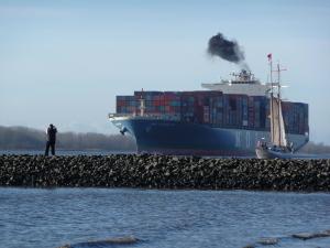 Luft an Nord- und Ostsee wird sauberer – neue Schwefelgrenzwerte zum Jahreswechsel – Bessere Kontrollen der Schiffe und höhere Strafen für sündige Reeder nötig
