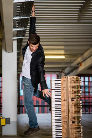 """Mister Piano"" – Piano Varieté mit Dennis Volk – am 23.04.15 in Timmendorfer Strand"