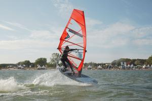 SURF Festival auf Fehmarn größte Windsport-Outdoor-Messe Europas
