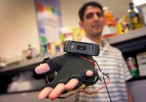 """""""Drittes Auge"""": Hightech-Einkaufshilfe für Blinde – Computerbasiertes System erkennt Lebensmittel und Marken treffsicher"""