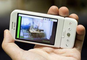 Fast jeder Zweite schaut Web-Videos auf dem Handy – TV-Sender immer öfter geschickte Werber auf Smartphones und Tablets