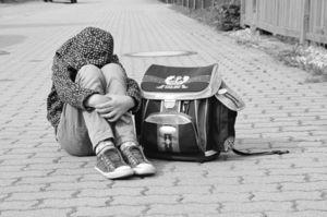 """Körperhass: Achtjährige bereits mit Medientrauma – Skurrile Schönheitsideale lösen """"Figurprobleme"""" unter Kindern aus"""