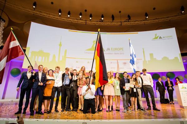 Deutschland gewinnt Europameisterschaft der Schülerfirmen / Lettland und Israel auf den Plätzen 2 und 3