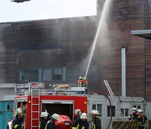 Großfeuer im Recyclinghof Neumünster