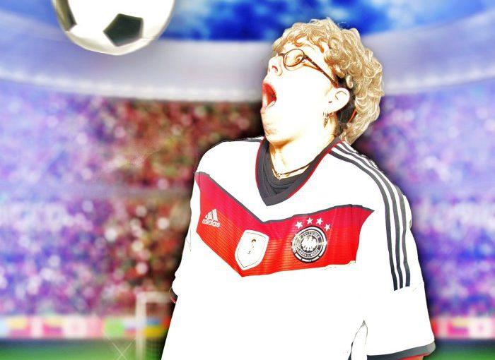 """""""Statt Goethe und Schiller: Götze und Müller"""": Fußballkabarett mit Oma Frieda"""