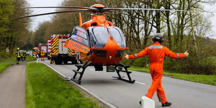 Schwerer Verkehrsunfall – Ehemalige Feuerwehrkameradin eingeklemmt