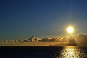 Mittelmeer: Temperatur und Salzgehalt steigen – Wichtige Untersuchung zu klimatischen Veränderungen im Mittelmeer